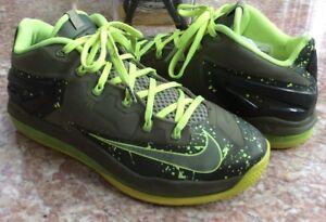 Low Lebron de Chaussures 200 Nike Olive Nike 10 pour Homme Xi basket taille Volt Vert 642849 zqxfa0q