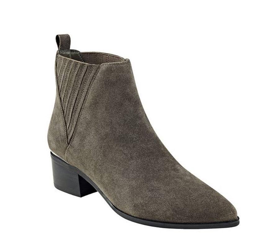 NIB Guess Booties Safarri Flat Faux Suede Booties Guess Stiefel Gray US 9, EU 39.5 a9bdd1