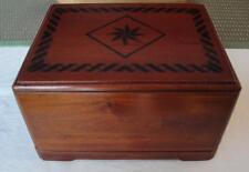 Mahogany Wood Adult Cremation Urn Inlaid Pattern Velvet Urn Bag For Ashes