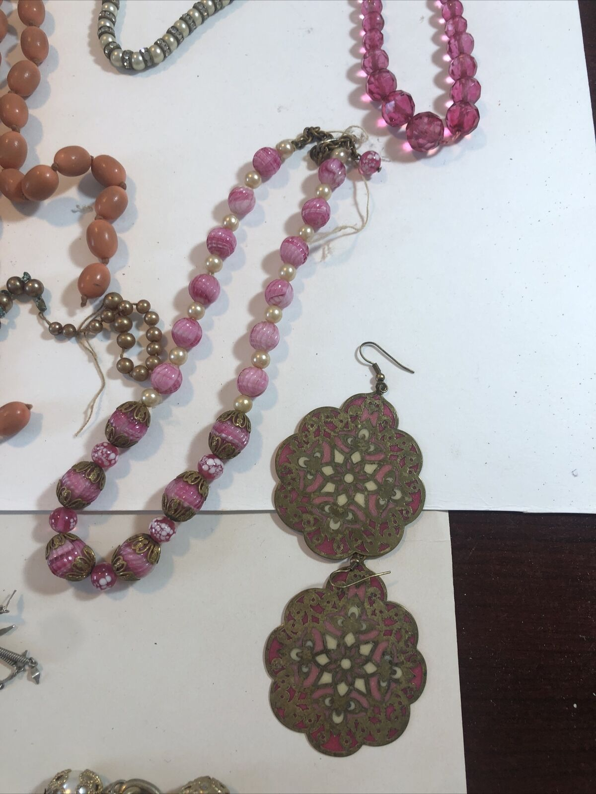 Lot Of Vintage Costume Necklaces, Earrings, Pins … - image 5