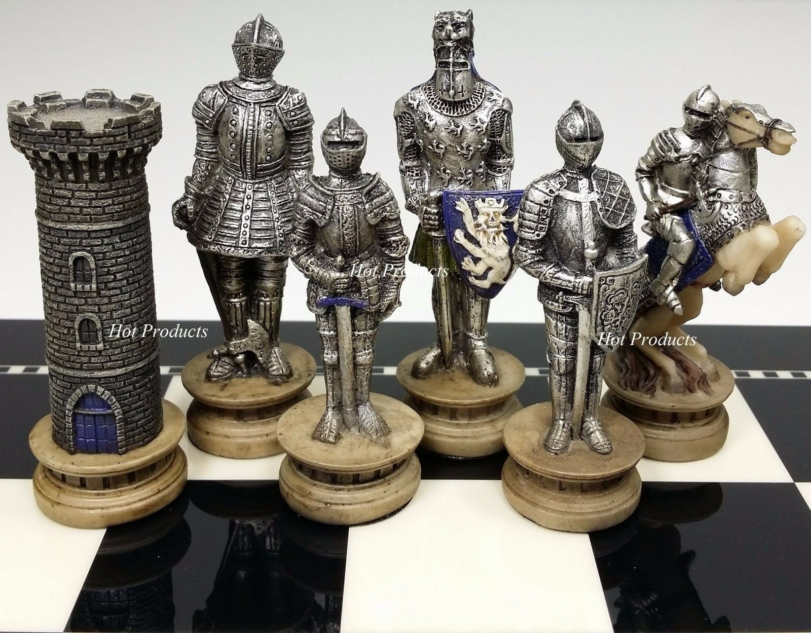 MEDIEVAL TIMES CRUSADES BUSTS Gold /& Silver Knights CHESS Set W// CASTLE BOARD