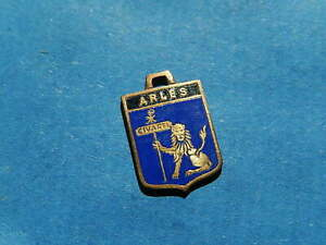 VINTAGE Wappen Anhänger Für Bettelarmband Bronze Arles