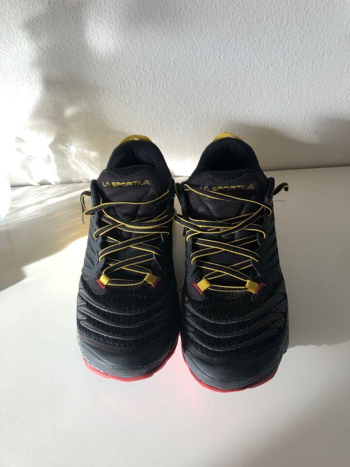 Løbesko, Løbe/vandresko, La Sportiva
