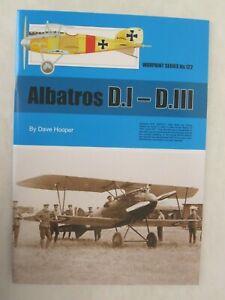 Warpaint-122-Albatros-D-1-D-111-Color-Profiles-Line-Drawings-BW-Photos