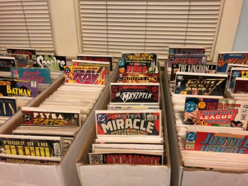 Over 2400 DC Comic Books YOU PICK  $4 Flat Shipping Any Quantity $1.00 Each