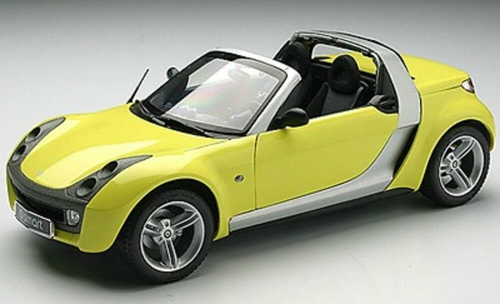 SMART ROADSTER giallo KYOSHO 09102Y 1/18 1:18 AMARILLO GELB JAUNE GALLIA