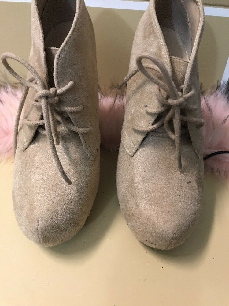 Ankle Boots Size 7 Beige In Suede With Laces Woman