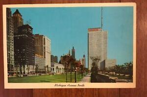 Vintage-1963-Michigan-Avenue-North-Chicago-Postcard-Prudential-Building-Library