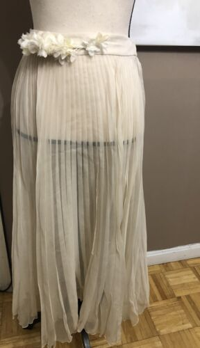 AUTHENTIC GUCCI SKIRT OFF-WHITE LONG BEIGE SIZE 38