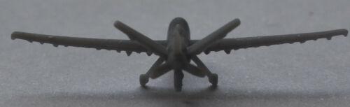1 Stück 1:700 USA Flugzeug MQ-9 Reaper