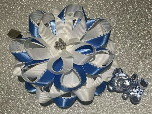 Cielo Azul//Blanco De Oso De Peluche Y Corona rumanos de Cinta de Raso Hecho a Mano Cochecito encanto