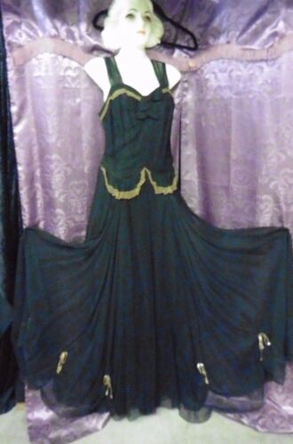 30s 40s Black Gown