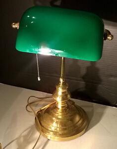 vintage antique bankers desk green glass shade brass desk lamp works ebay. Black Bedroom Furniture Sets. Home Design Ideas