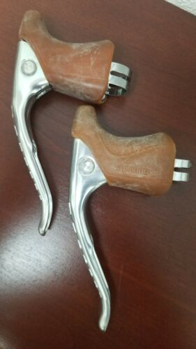 NOS New-Old-Stock Shimano 600 Brake Levers with Hoods Non-aero top route.
