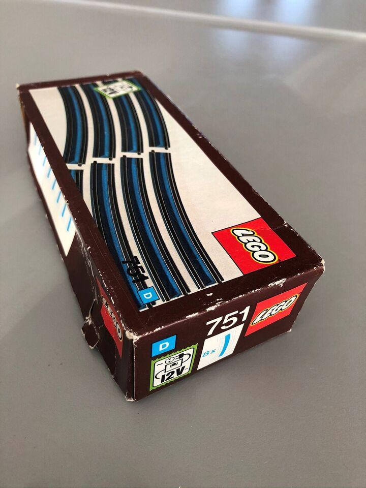 Lego Tog, 751 MED KASSE