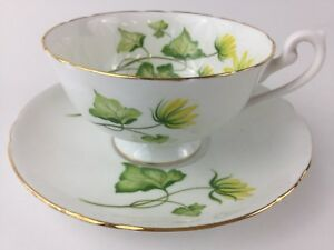 Vintage-Shelley-Cup-and-Saucer-Ivy-England-gold-trim-fine-bone-china-green-EUC