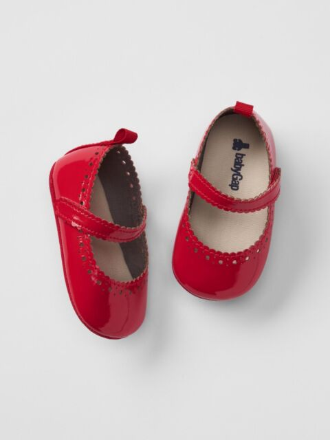 4ca72012e72cc GAP Baby Girl Size 3-6 Months Red Scalloped Patent Leather Mary Jane Flats  Shoes