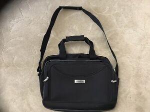 London Fog Luggage Black Canvas Messenger Travel Bag Ebay