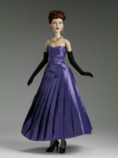 Royale  82  Limited Edition Fashion Doll By Robert Tonner