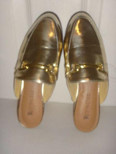 e42045499 4 of 5 RESTRICTED Women's Flat Shoes Flats Mules Gold Faux Leather US Size  7, 7.5 ,8.5