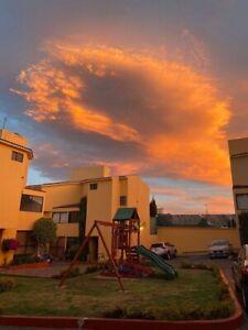 Acogedora Casa en Condominio cerca de José Ma. Castorena