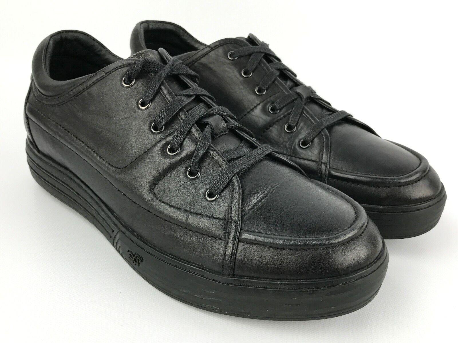 GDEFY Men's Size 11 M Black Leather Casual shoes