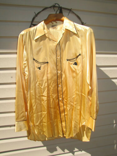 Vintage 1930s-40s Levi's rodeo shirt.  Gold and bl
