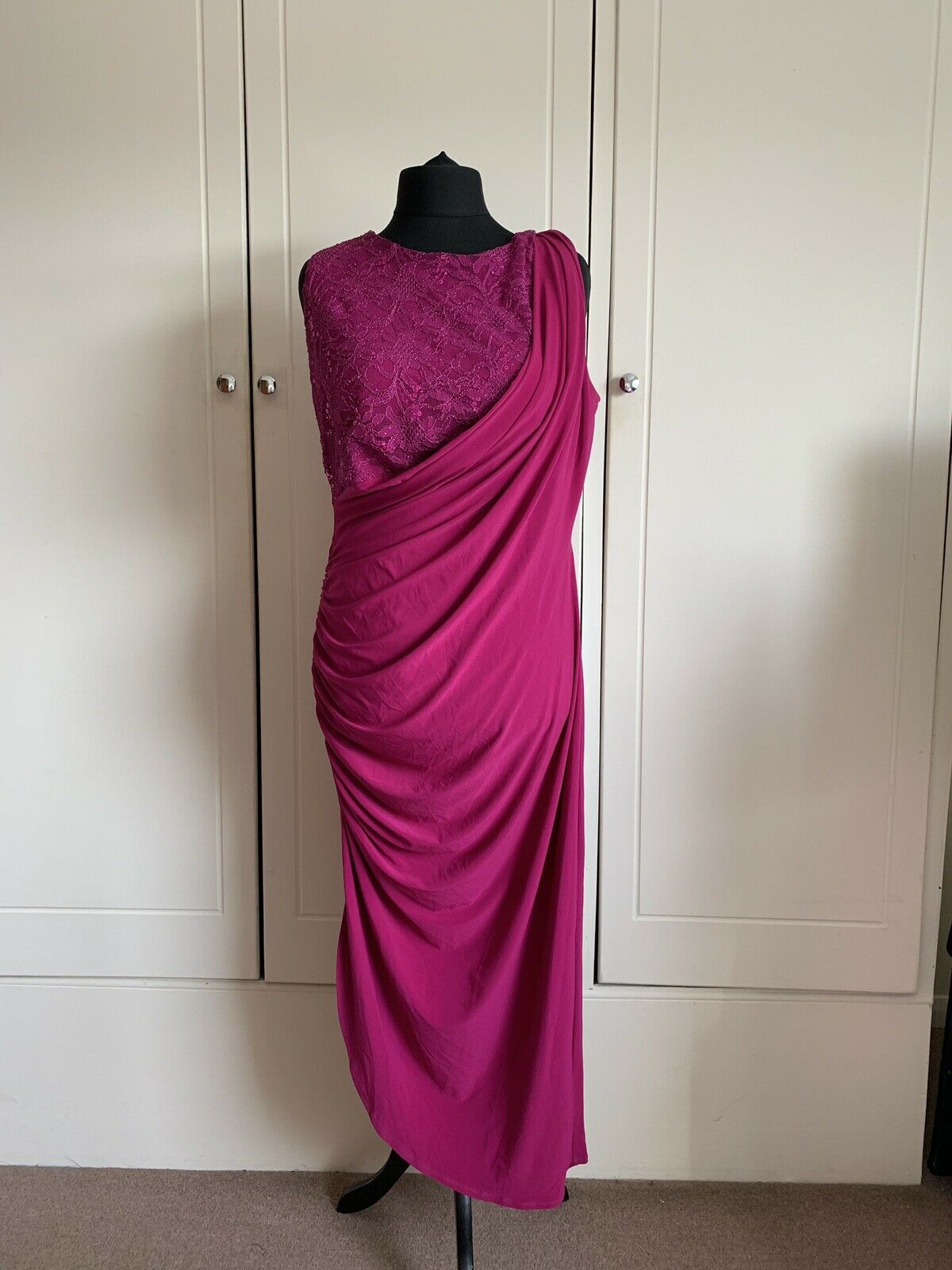 G644 Body flirt pink evening dress, new with tags, size L