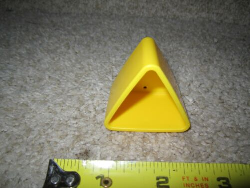 Fisher-Price Laugh and Learn Sweet Sounds Picnic Parts shapes triange yellow