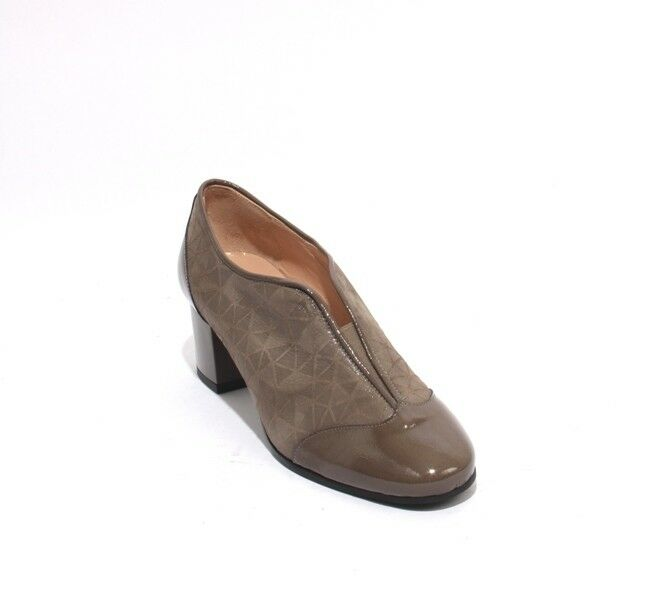 Isabelle 25 Taupe Patent Leather Suede Elastic Booties Heel shoes 37.5   US 7.5