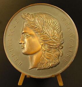 Medaille-91-mm-figure-de-La-Republique-Francaise-marianne-sc-A-Raoul-294g-Medal