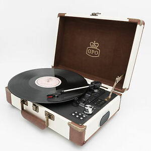 GPO-Ambassador-Record-Player-Turntable-Cream-w-BLUETOOTH-amp-BUILT-IN-BATTERY