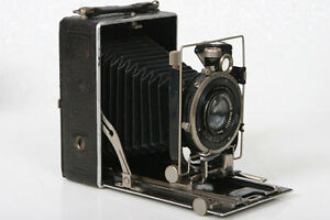 6x9-Folding-Plate-Camera-w-Schneider-Xenar-105mm-f4-5-lens