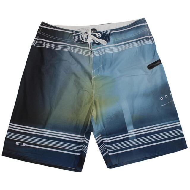 c14dca8884 Oakley HYPERSONIC Boardshorts Size 34 L Marine Blue Mens Swim Surf Beach  Shorts