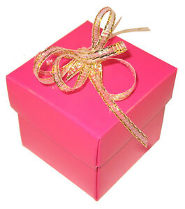 English-Wedding-Favours-Square-favour-boxes-and-lids-heavily-discounted-freepost