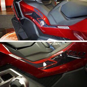 Adesivi 3D Protezioni Boomerang laterali compatibili con Honda Forza 750 2021