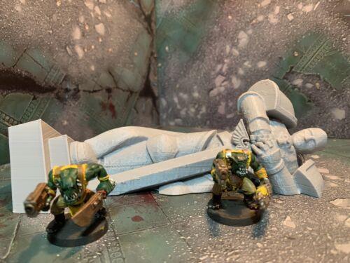 warhammer 40k Age of sigmar terrain scenery Fallen Space Marine Statue