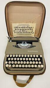 Vintage Smith & Corona Portable Typewriter Skywriter Tan Brown Soft Case Works!