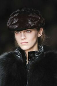 f2d4b71d169 Image is loading 1-695-RUNWAY-Burberry-Prorsum-Black-MINK-Fur-