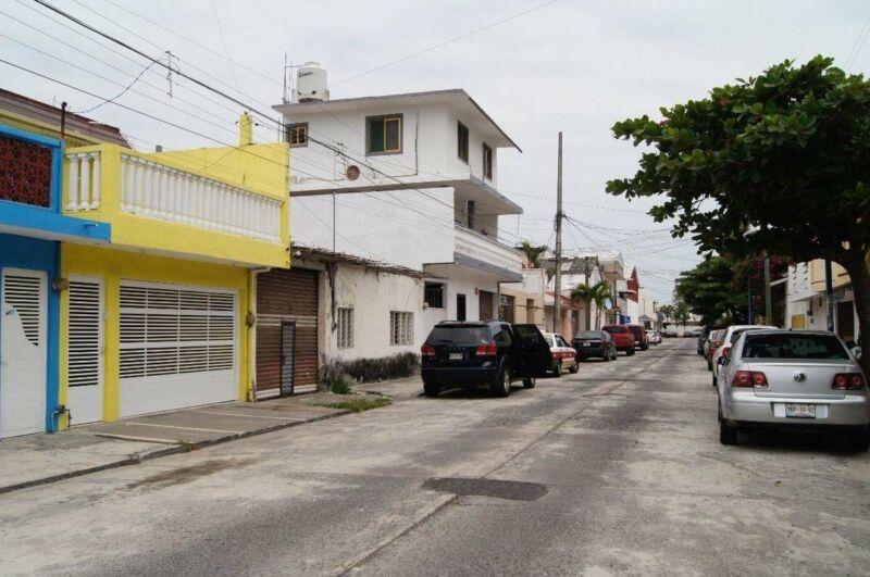 Terreno de 300 m2 en venta en Fracc. Jardines de Mocambo. BOCA DEL RÍO, VER.