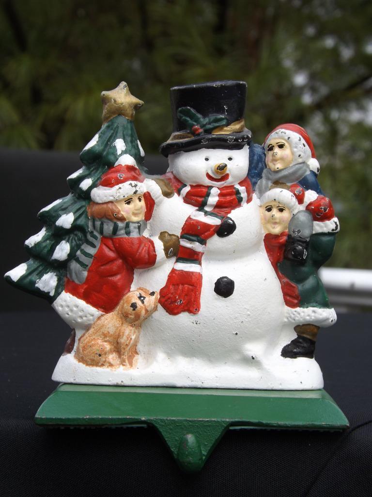 Gusseisen Strumpf Aufhänger Halter Schneemann mit Kinder & ein Weihnachtsbaum