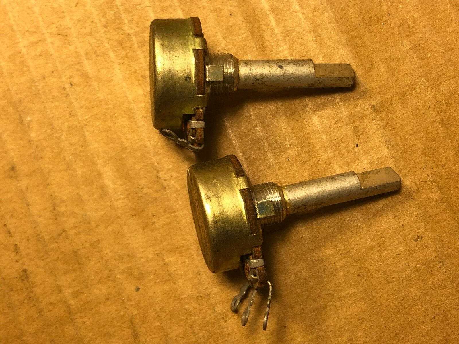 Matched Pair NOS Vintage 1969 250k ohm Linear Guitar Amp Potentiometers (Qty)