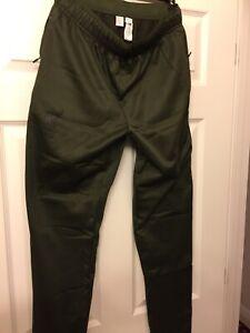 New Balance Liverpool Fc Street Training Knit Slim Pant Size Large Green Rare Ebay