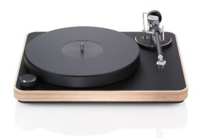 Clearaudio-Concept-Wood-Turntable-Satisfy-Carbon-Fiber-arm-Concept-MC-Cartridge