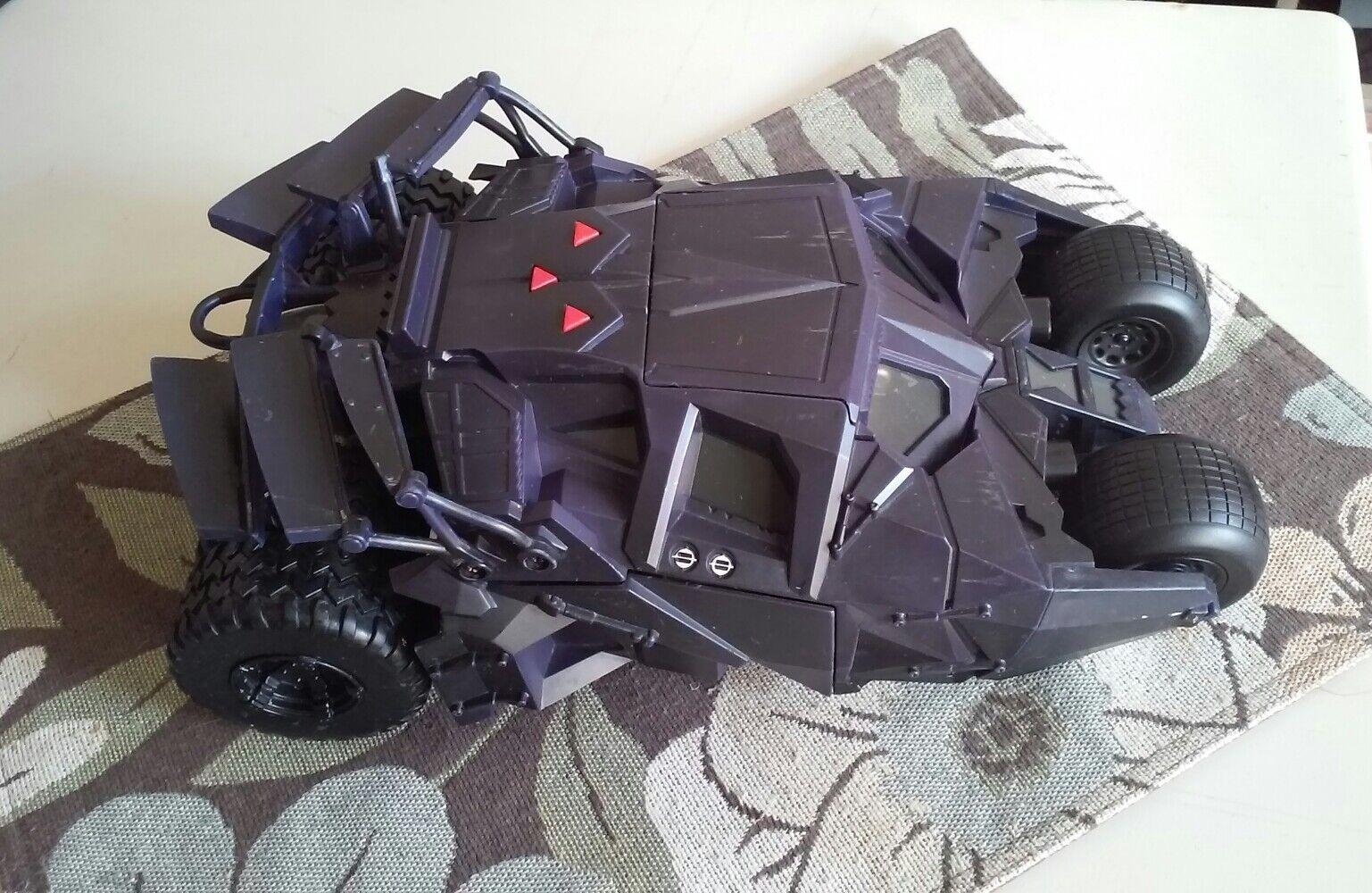 2005 DC Comics Electronic Vehicle Tumbler BATMAN Begins Dark Knight  H1387