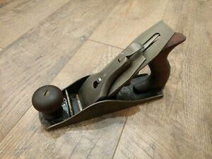 Antique-Bailey-Corrugated-Bottom-Wood-Plane-No-4-Woodworking-Tools-Stanley