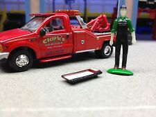 1/64 SHOP/GARAGE TOOL RED CREEPER #32