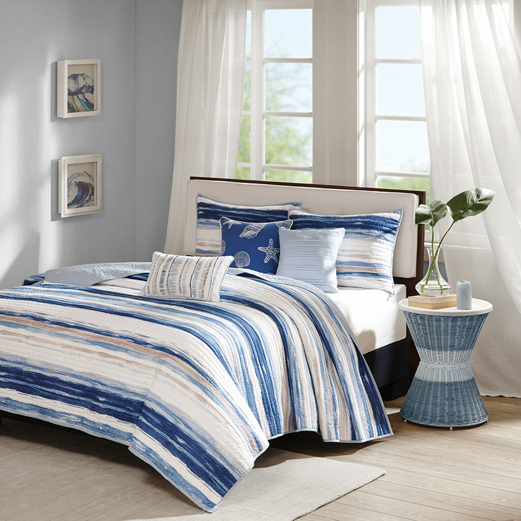 BEAUTIFUL 6 PC MODERN blueE NAVY WHITE TAN OCEAN BEACH SHELL SHORE SOFT QUILT SET