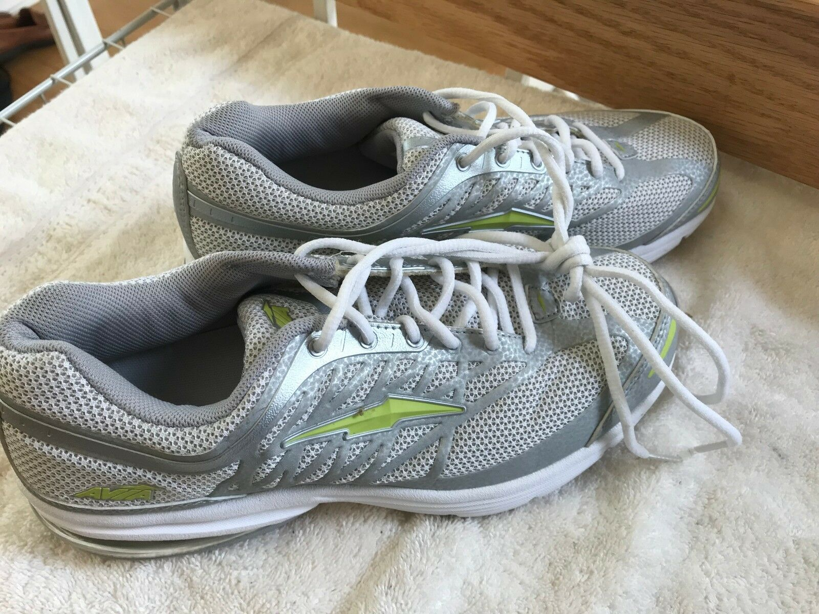Avia Womens Running shoes White Size 8 In Mint Condition