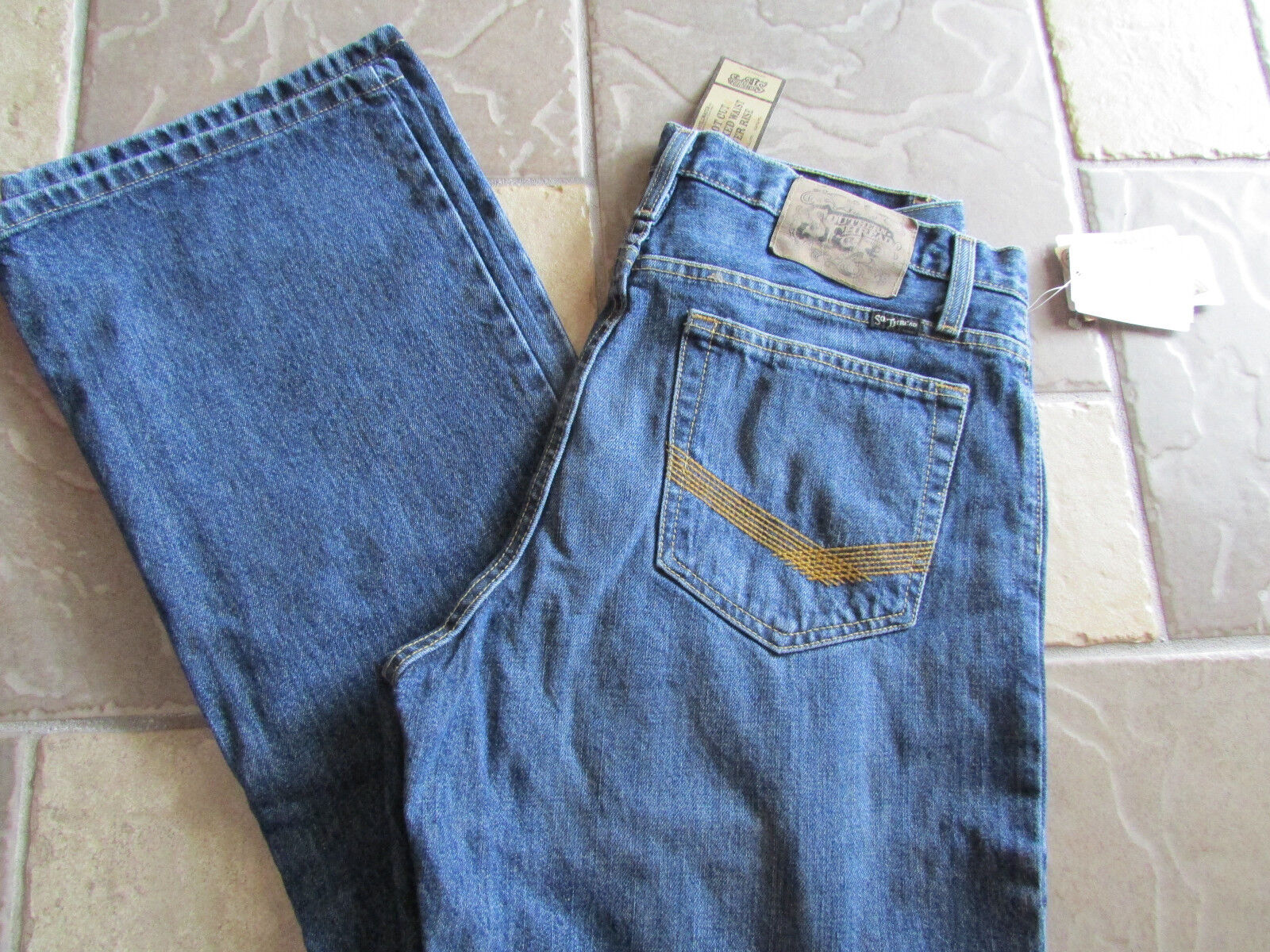 NEW SOUTHERN THREAD STILLWATER RELAXED STRAIGHT JEANS MENS 38X32  FREE SHIP